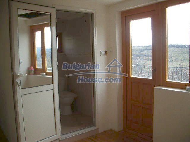 5810:7 - Three storey charming bulgarian property located in the town of