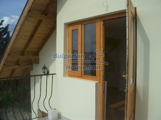 5810:12 - Three storey charming bulgarian property located in the town of