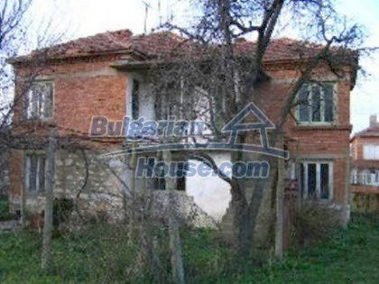 5813:5 - Two storey built bulgarian house looking for owner