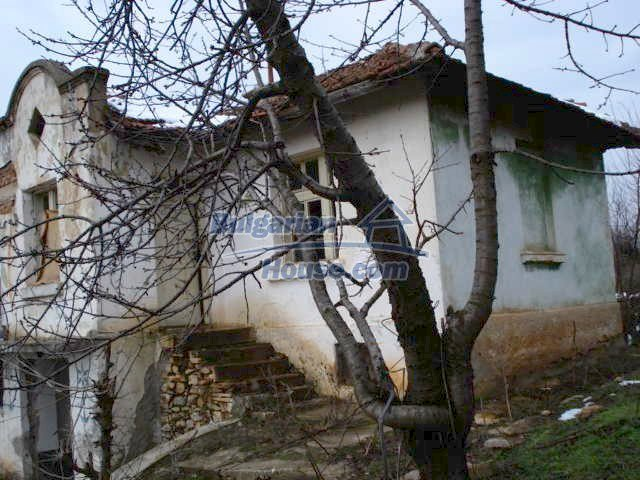 5825:3 - Two storey old bulgarian house for sale