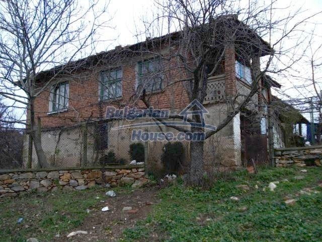 5837:2 - House for renovation in Elhovo region