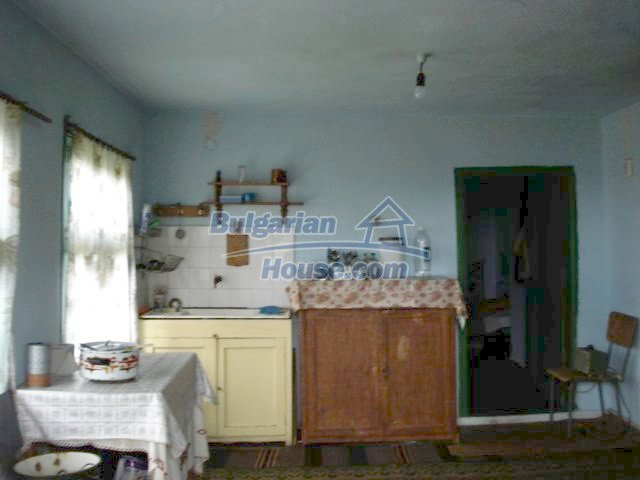5837:3 - House for renovation in Elhovo region