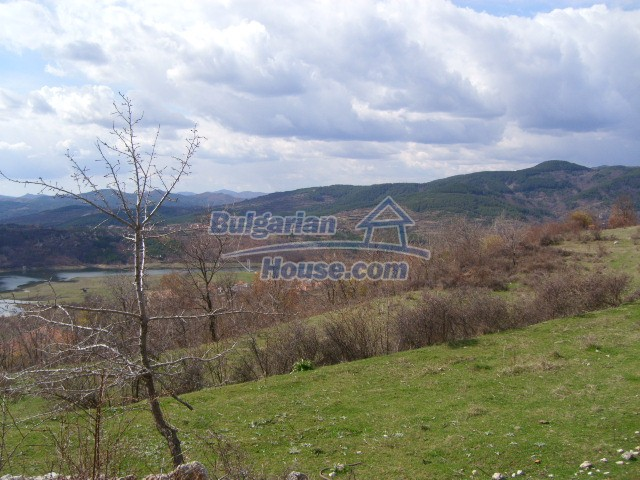 5858:6 - Two bulgarian houses in a peaceful area with river and mountain