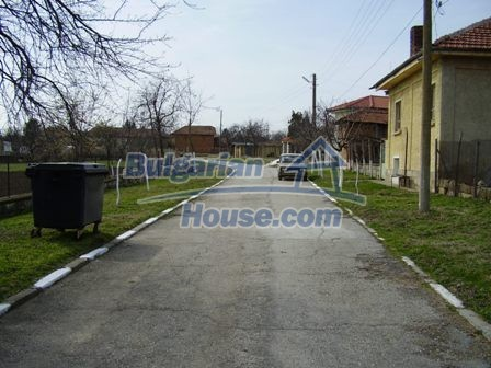 5897:4 - Regulated plot of bulgarian land in a big village near Pleven