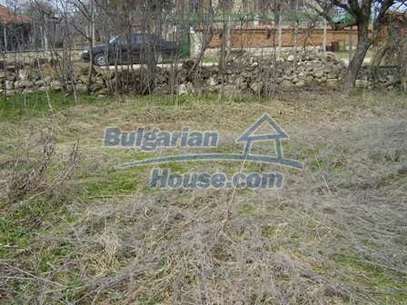 5897:5 - Regulated plot of bulgarian land in a big village near Pleven
