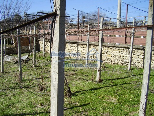 5957:4 - Two storey rural bulgarian property near Pleven for sale