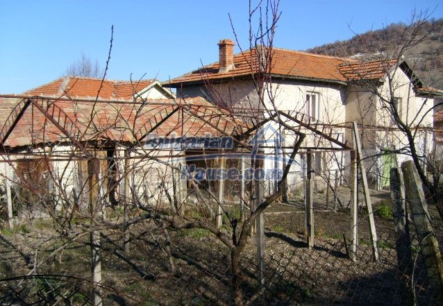 5963:5 - One of the Bulgarian Estate Properties dream second home