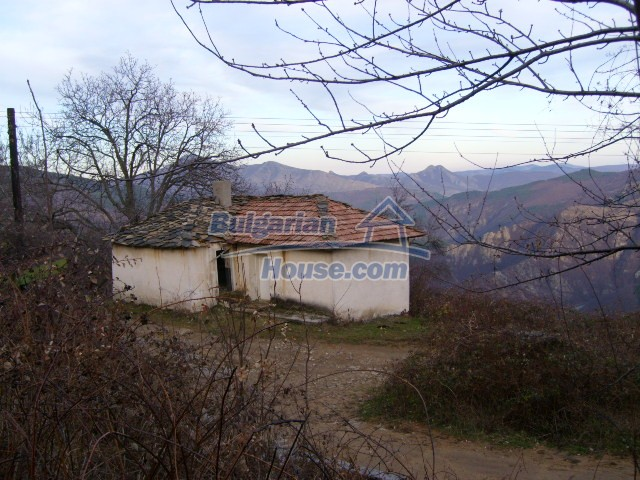 5966:5 - House in a marvelously place in Karjali region