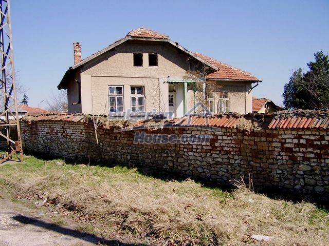 5984:3 - Rural Bulgarian house for sale near the town of Pleven
