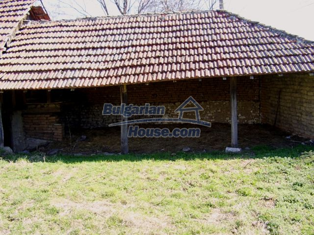 5984:6 - Rural Bulgarian house for sale near the town of Pleven