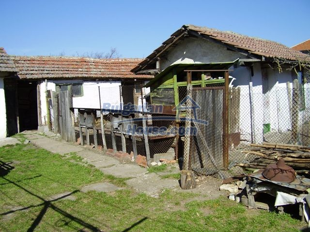 5999:3 - Two storey bulgarian house in Pleven region-an offer which you c
