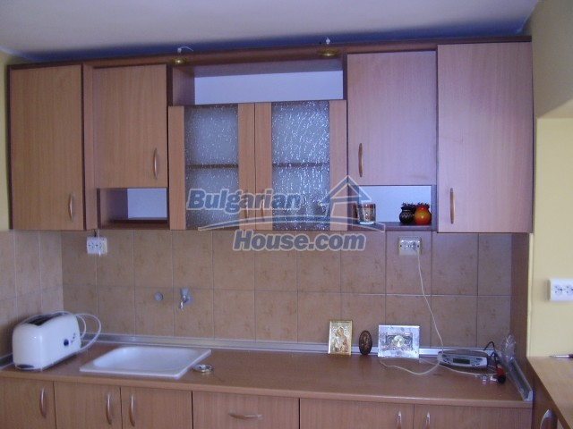 6005:2 - One storey rural bulgarian house in a good condition for sale