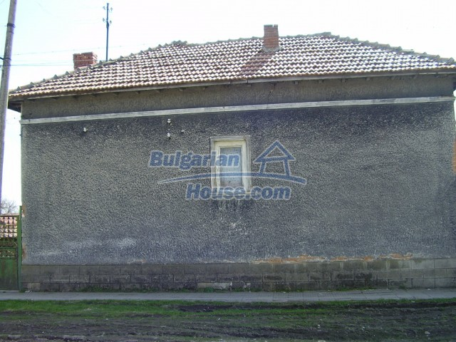 6023:2 - Old bulgarian house for sale near Pleven