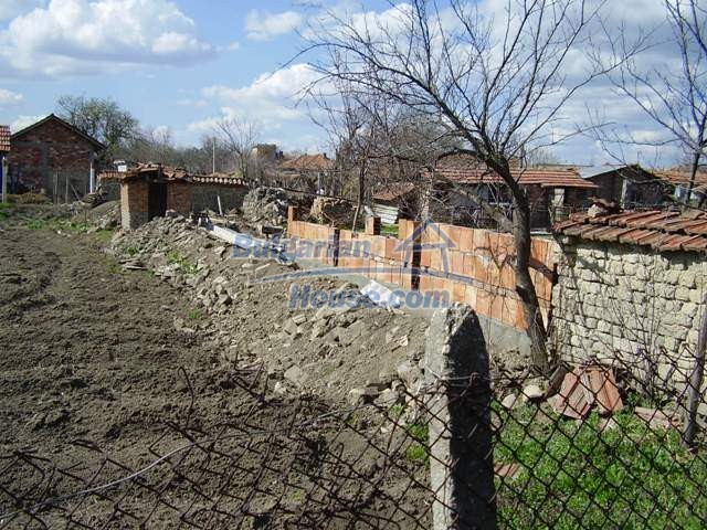 6056:6 - Cheap old authentic bulgarian house in Pleven region