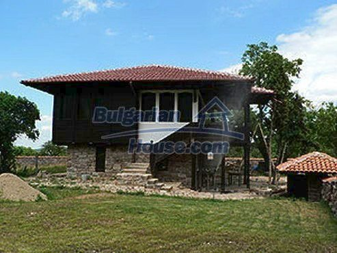 6182:1 - Buy rural bulgarian house near Berkovitsa