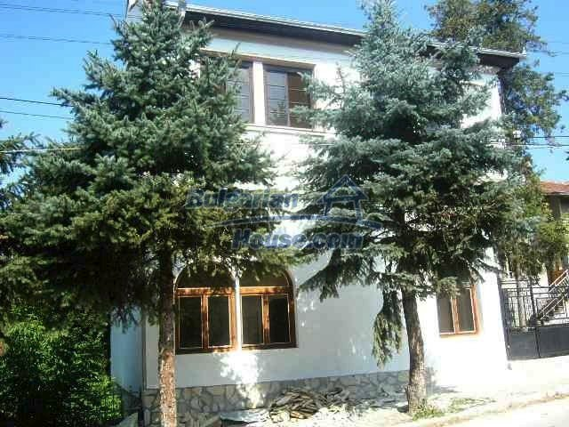 6192:4 - Property bulgarian house very close to the regional centre Velik