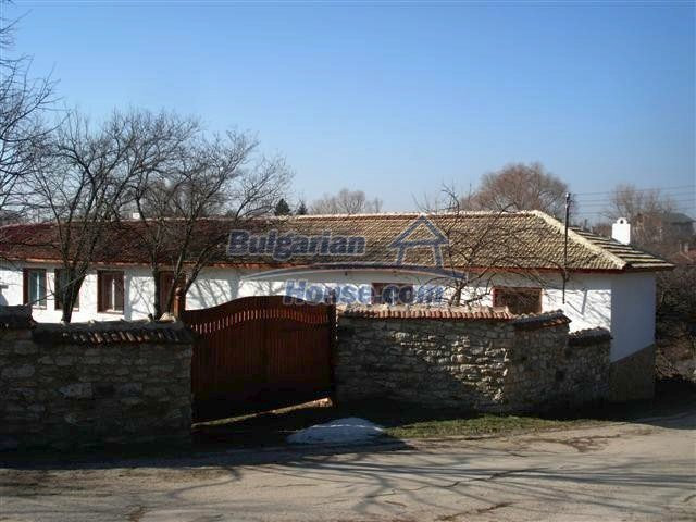 6246:1 - Buy bulgarian house near the Black sea in Varna region