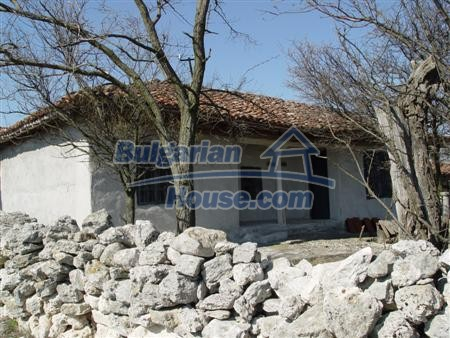 6255:3 - Rural bulgarian house near Varna