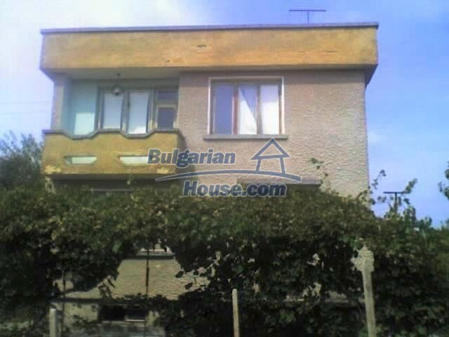 6432:1 - House for sale near Pazardzhik Bulgaria Good investment