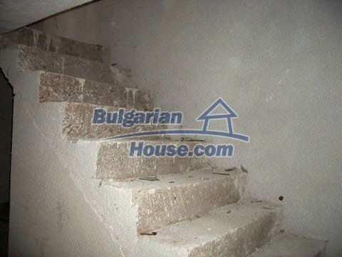6483:6 - We recommend purchasing in this bulgarian house. It is good offe
