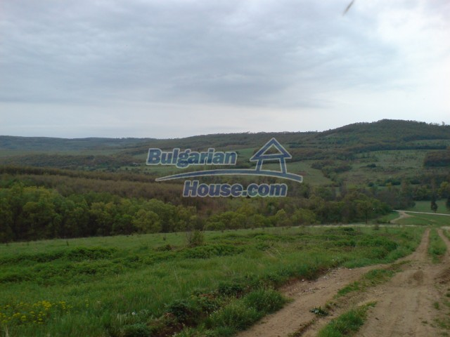 6516:1 - ON YOUR ATTENTION!!! Cheap plot of bulgarian land near  Lovech