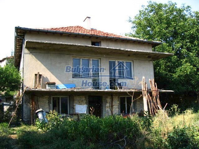 6564:2 - Bulgarian rural house in Kardzhali region