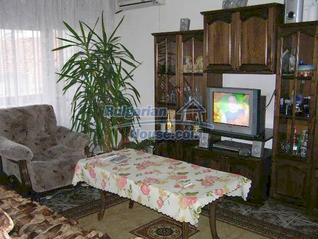 6819:1 - Do not miss this good offer to bye lovely bulgarian apartment in