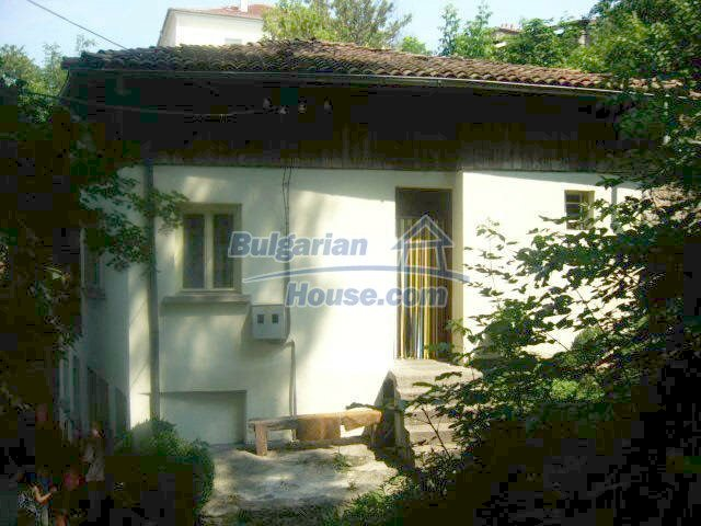6825:1 - Nice bulgarian house for sale in Veliko Tarnovo region