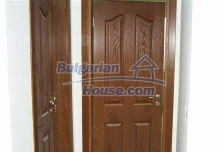 6882:5 - Sunny and bright two storey bulgarian house situated near the se
