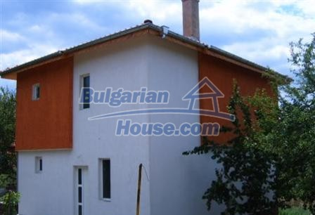 6882:8 - Sunny and bright two storey bulgarian house situated near the se