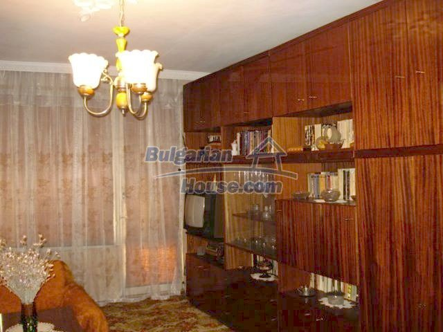 6891:2 - Cheap Apartment In A Nice Town In Yambol Region