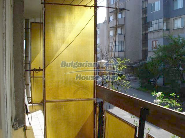 6891:5 - Cheap Apartment In A Nice Town In Yambol Region
