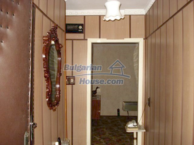 6891:8 - Cheap Apartment In A Nice Town In Yambol Region