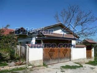 6894:10 - Furnished Traditional Bulgarian Style Houseyour dream property