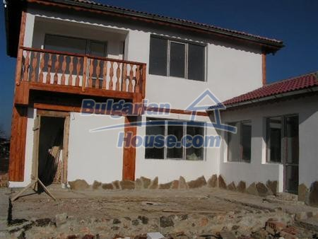 6897:1 - Two bulgarian houses located near to Black sea coast in Varna re
