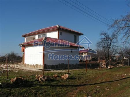 6897:10 - Two bulgarian houses located near to Black sea coast in Varna re
