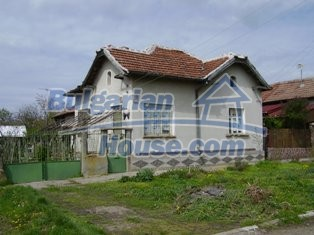 6930:1 - Bulgarian rural house located in region suitable for hunting and