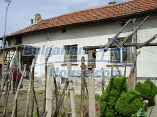 6930:3 - Bulgarian rural house located in region suitable for hunting and