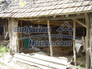 6930:9 - Bulgarian rural house located in region suitable for hunting and