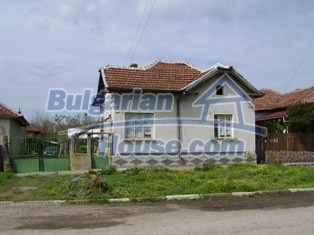 6930:15 - Bulgarian rural house located in region suitable for hunting and