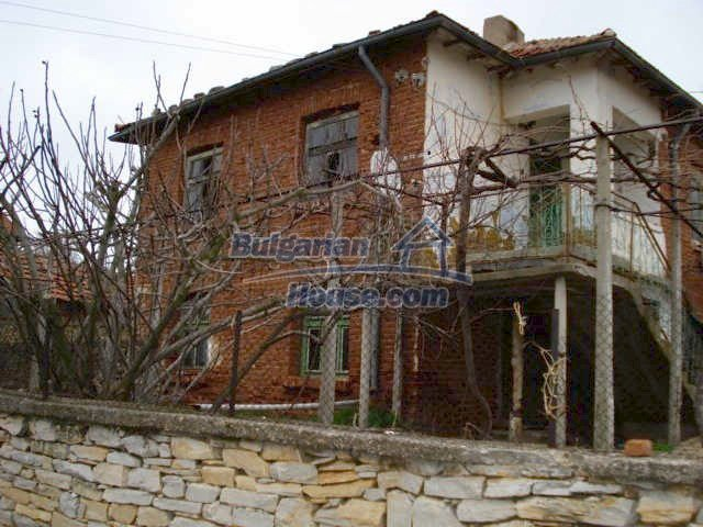 6987:1 - Good opportunity to live in Bulgarian property in rural countrys