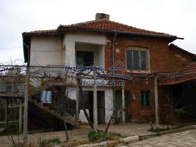 6987:2 - Good opportunity to live in Bulgarian property in rural countrys