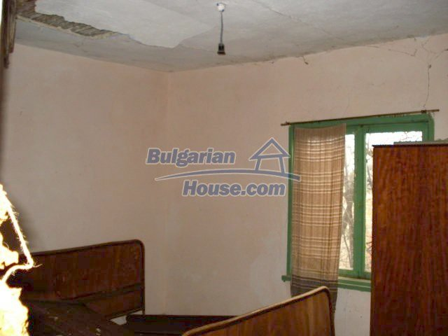6987:6 - Good opportunity to live in Bulgarian property in rural countrys