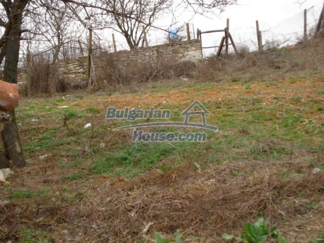6987:11 - Good opportunity to live in Bulgarian property in rural countrys