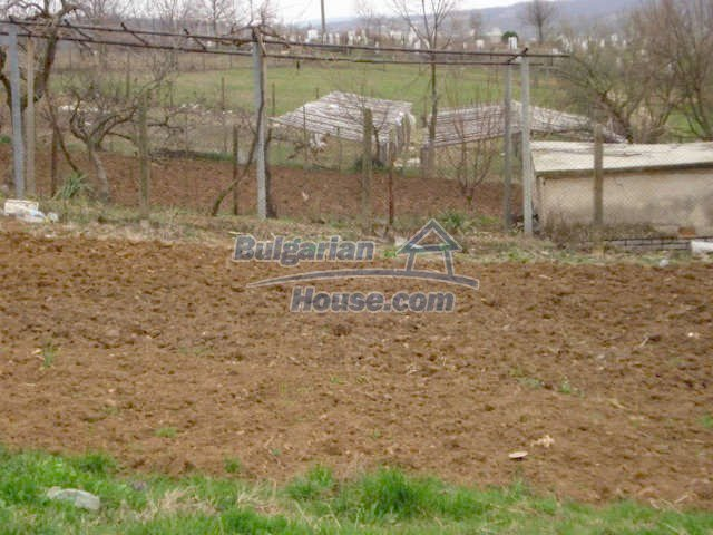 6987:10 - Good opportunity to live in Bulgarian property in rural countrys