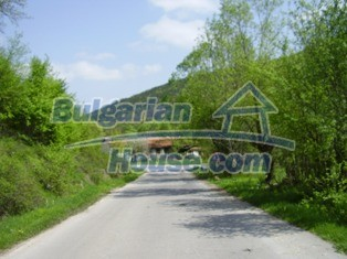 7023:12 - Regulated plot of bulgarian land for sale near Lovech and Troyan