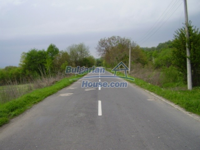 7035:2 - Large plot of bulgarian land close to a dam for sale