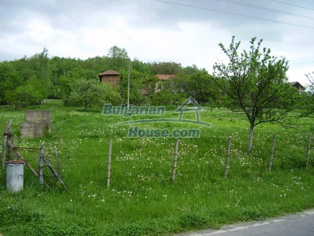 7035:5 - Large plot of bulgarian land close to a dam for sale