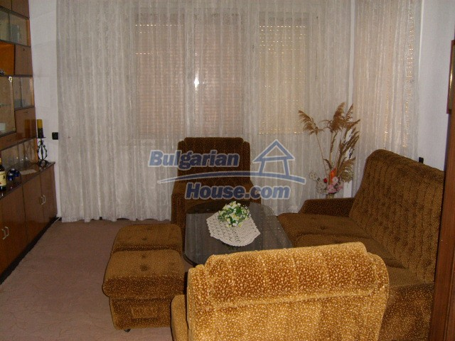 7053:6 - Delightful bulgarian house for sale in charming town