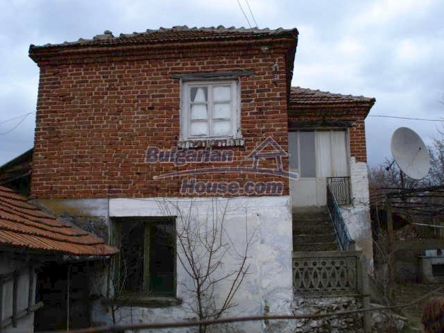 7065:2 - Brick built house for sale in Bulgarian countryside